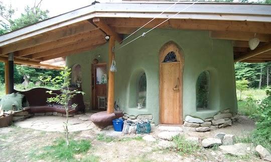 I like it case di terra cob cottages for Costruire un cottage