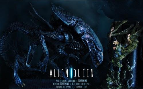 NECA Aliens Genocide Red Queen Shipping and On Ebay Now ... |Alien Queen Mother