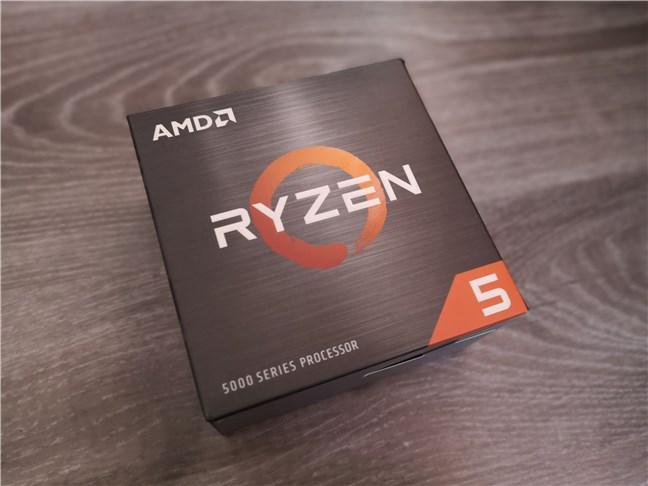 AMD Ryzen 5 5600X: la caja