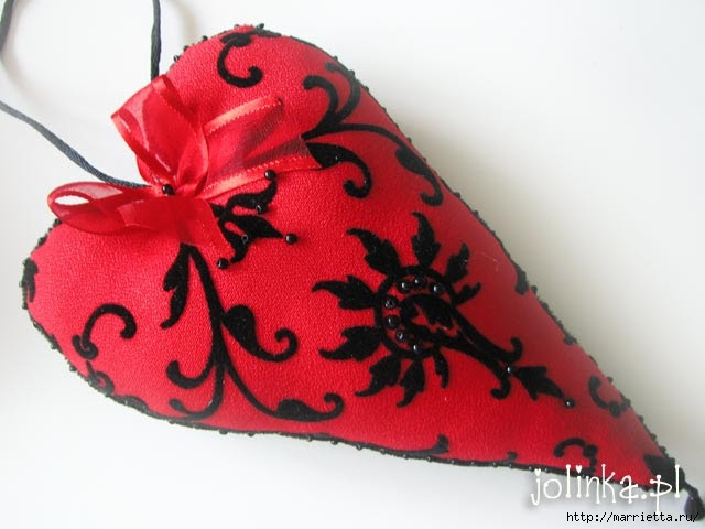 Textile hearts.  A large collection of very beautiful Valentine (76) (640x480, 126Kb)