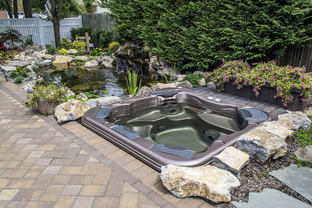 Above Ground Hot Tub Landscaping Backyard Design Ideas