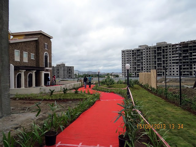 Red Carpet to Show Villa & neighbor Rachana Bella Casa - Visit Westernhills, Villas & Townhouses at Sus - Baner Pune