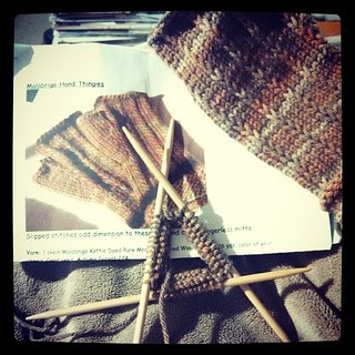 Finally casting on Mom's second mitt #fingerlessmitts #knitstagram #knitting #caston #BerrocoVintage #dpn
