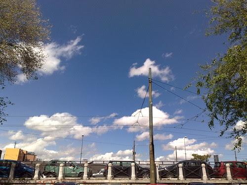 Guarda le machine, guarda le nuvole by durishti
