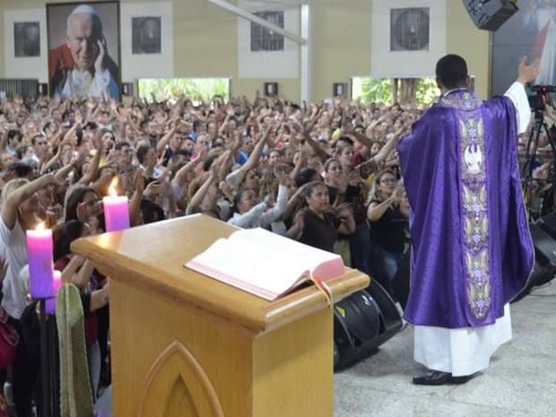 Padre relata que tem recebido bom retorno dos fiéis sobre os trabalhos que faz Goiânia Goiás (Foto: Divulgação/Igreja Nossa Senhora da Assunção)