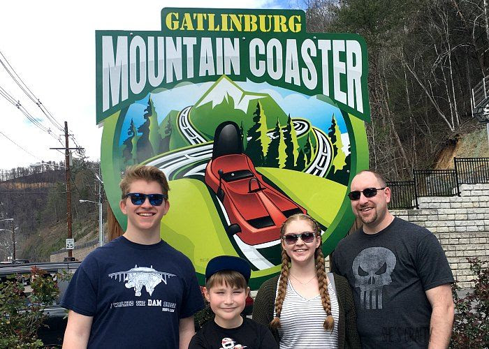 gatlinburg mountain coaster, family fun, family activity, spring break