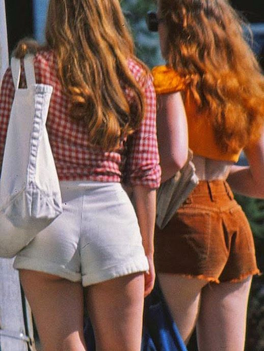 Le Fashion Blog 1970s 70s Street Style Vintage High Waisted Shorts Corduroy Crop Top Gingham Photos Via Tres Blase