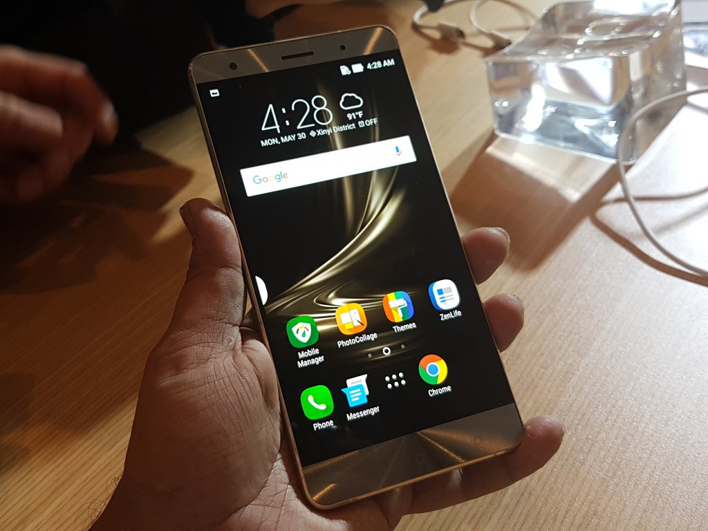 Image result for asus zenfone 3  DISPLAY