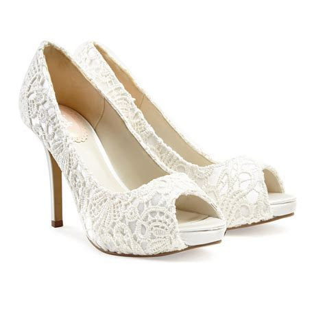 DELICATE AND BEAUTIFUL IVORY WEDDING SHOES ? medodeal.com