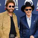 Brooks & Dunn Top Country Albums Chart For First Time In A Decade - Taste Of Country