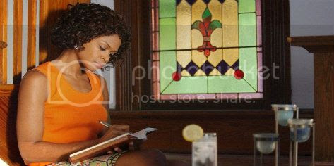 photo black-woman-in-church1.jpg