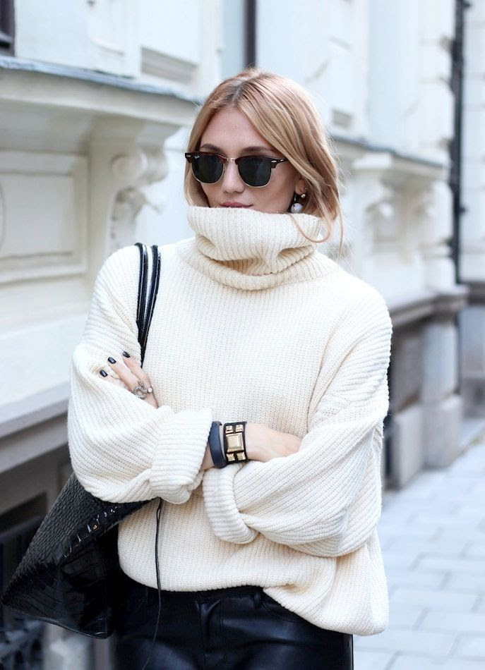 Le Fashion Blog -- Josefin Dahlberg In Ray-Ban Clubmaster Sunglasses, Oversized Turtleneck Sweater, Croc-Embossed Tote Bag & A Leather Cuff -- Via Modette -- photo Le-Fashion-Blog-Ray-Ban-Clubmaster-Sunglasses-Oversized-Turtleneck-Sweater-Croc-Tote-Bag-Leather-Cuff-Via-Modette-Josepfin-Dahlberg.jpg