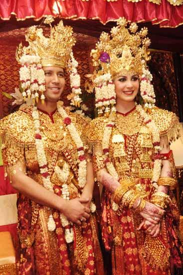Foto Baju Pengantin Adat Palembang