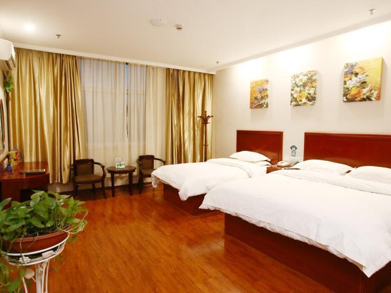 GreenTree Inn Linxi Pingyi Mengyang Road Express Hotel Discount