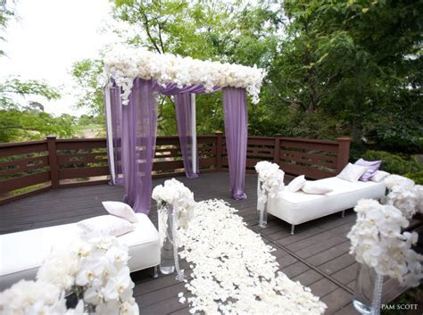 Artistic and Elegant Wedding Ceremony Ideas   MODwedding