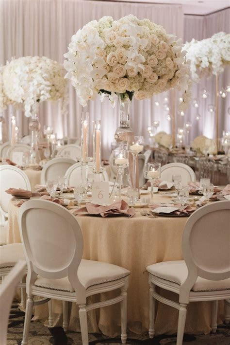 All White Glamour in California Wedding   MODwedding