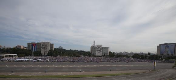 La Plaza de la Revolución José Martí acogió la primera Santa Misa oficiada por Su Santidad Francisco en Cuba. Foto: Ismael Francisco/ Cubadebate.