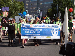 Right 2Know March (GMO Labeling) by Daquella manera, on Flickr