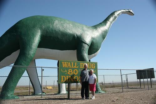 Wall Dinosaur and the folks