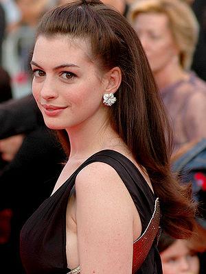 Anne Hathaway Deauville 2007
