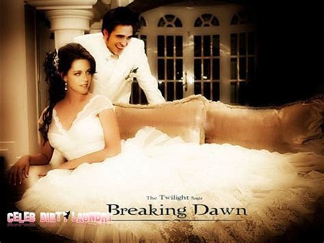 Kristen Stewart Deeply Moved By Her Wedding Dress   Celeb