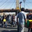 Cívicos alistan marcha para el martes, tras entierro de las víctimas de la vigilia de discapacitados