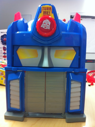 TRANSFORMERS RESCUE BOTS FIRE STATION PRIME Playset
