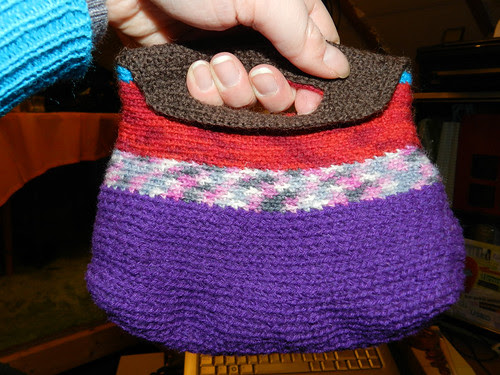 Small bag/purse, crocheted with leftover yarn