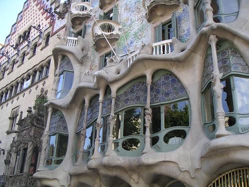 Barcelona_Gaudi_2-1