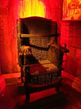 Museum of Medieval Torture Instruments: The torture chair