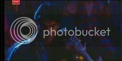 http://i298.photobucket.com/albums/mm253/blogspot_images/Pyaar%20Kiya%20To%20Darna%20Kiya/terijawani3.jpg