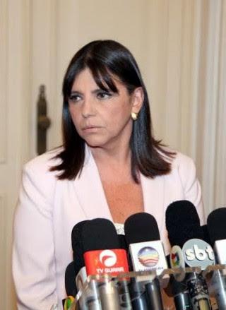 Governadora Roseana Sarney, em seu pronunciamento de ficar no governo até o final