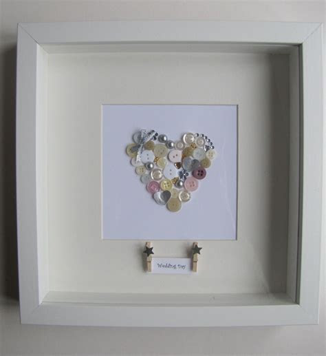 Heart button picture frame. Perfect for weddings and