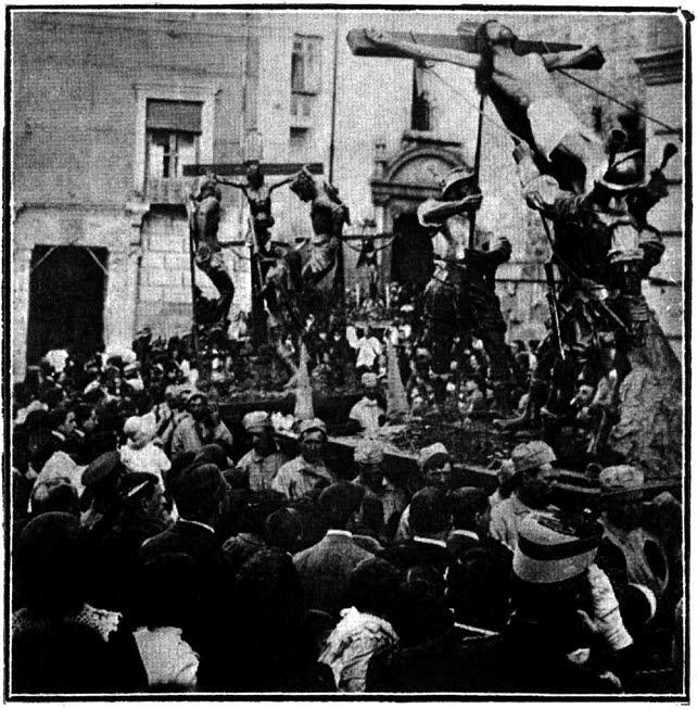 Pasos de Semana Santa de la Iglesia de la Magdalena, destruidos en la Guerra Civil (al fondo de la imagen el famoso Cristo de las Aguas)