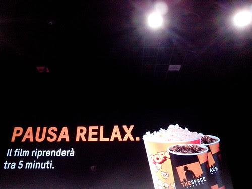 Sotto le luci del cinema by Ylbert Durishti