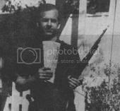 Lee Harvey Oswald 'backyard photo', taken by wife Marina