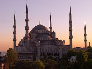 The Sultan Ahmed Mosque in Istambul at dusk