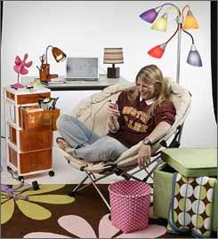 USATODAY.com - Costly college prerequisite: Decorate dorm