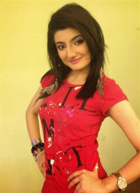 zainab jamil drama list height age family net worth