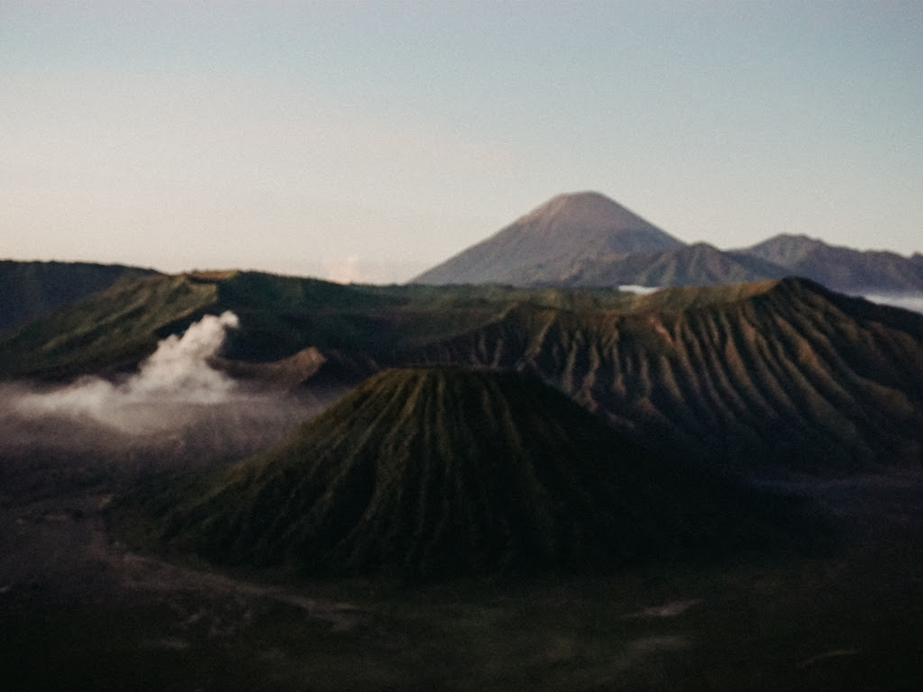 Bromo Ijen Tumpak Sewu  Waterfall Tour 4 Days IJEN CRATER