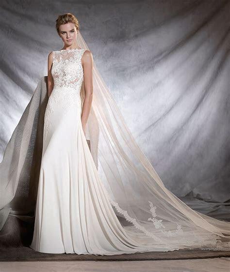 72 best Designer: Pronovias images on Pinterest   Wedding