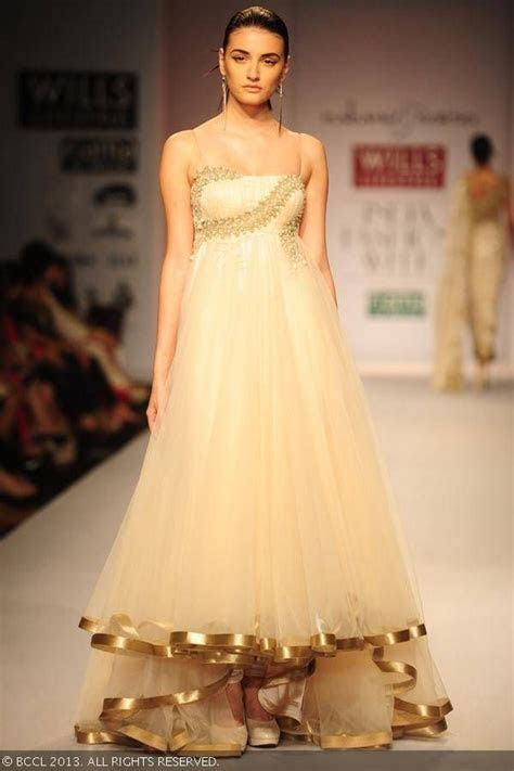cream gown for a wedding reception, indian bride, Cream