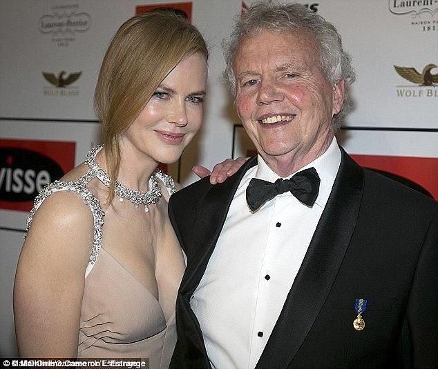 Nicole Kidman insieme a suo padre Antony