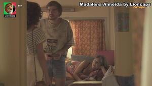 Madalena Almeida sensual na serie Conta-me como foi