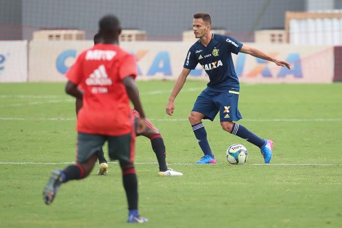 Renê treino Flamengo (Foto: Gilvan de Souza/Flamengo)