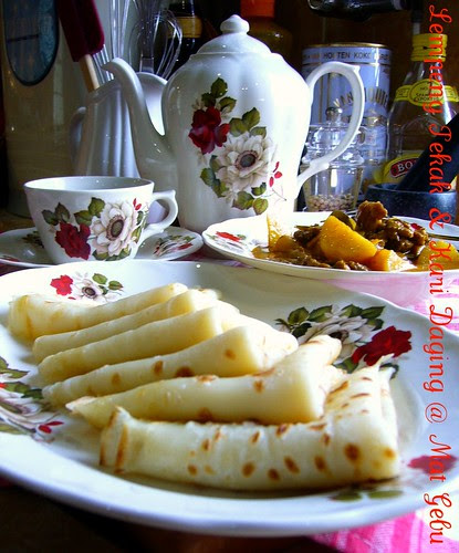 Lempeng Pekak & Kari Daging