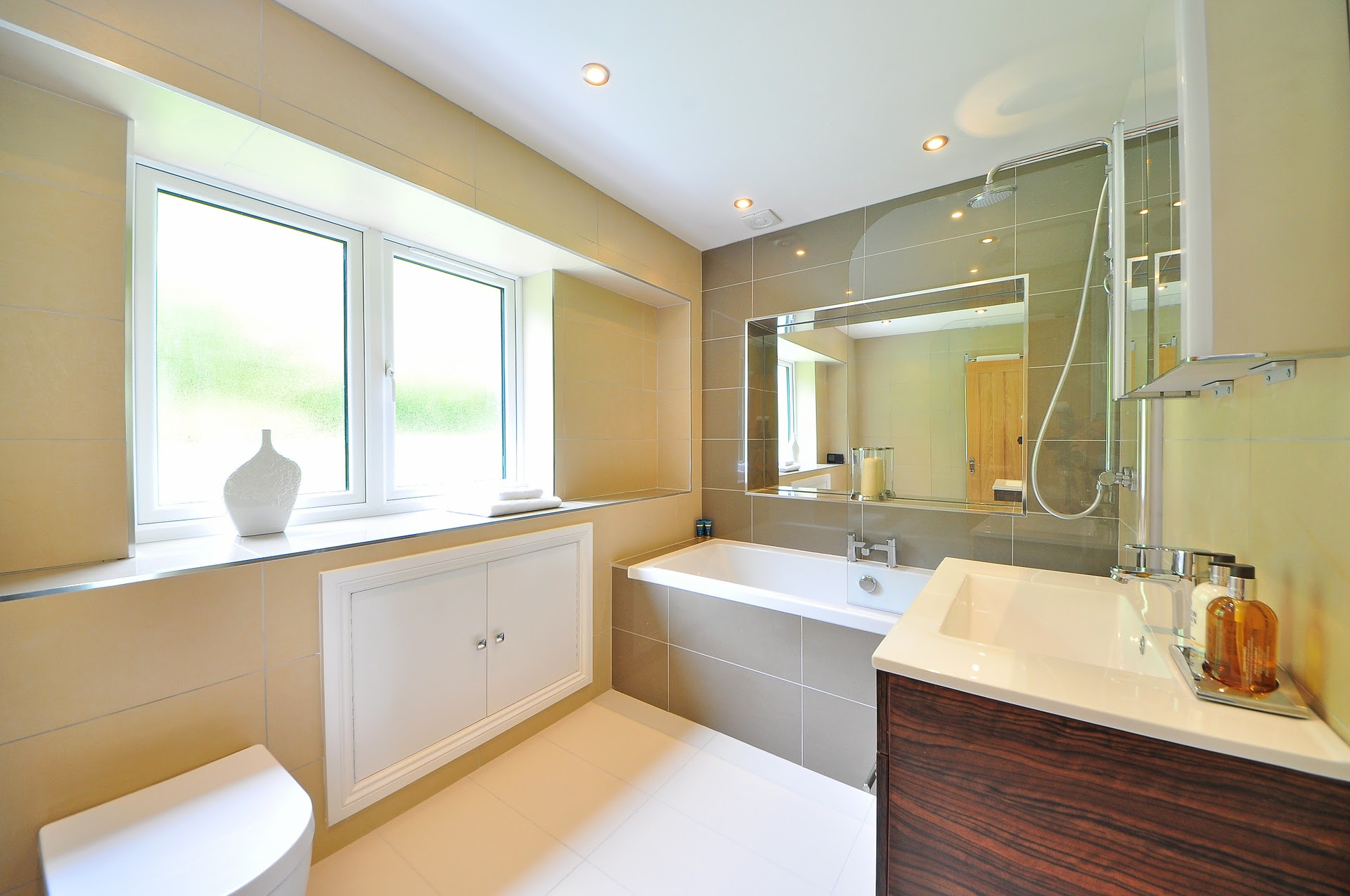 The Advantages Of Bathroom Suites East Side Designer