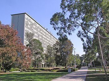 Monash University Clayton campus - Robert Menz...