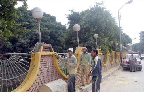 http://gate.ahram.org.eg/Media/News/2013/6/23/2013-635075844437740748-774_main.jpg