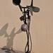 洪龍木‧迎風‧銅鐵‧46x33x118cm‧2010
